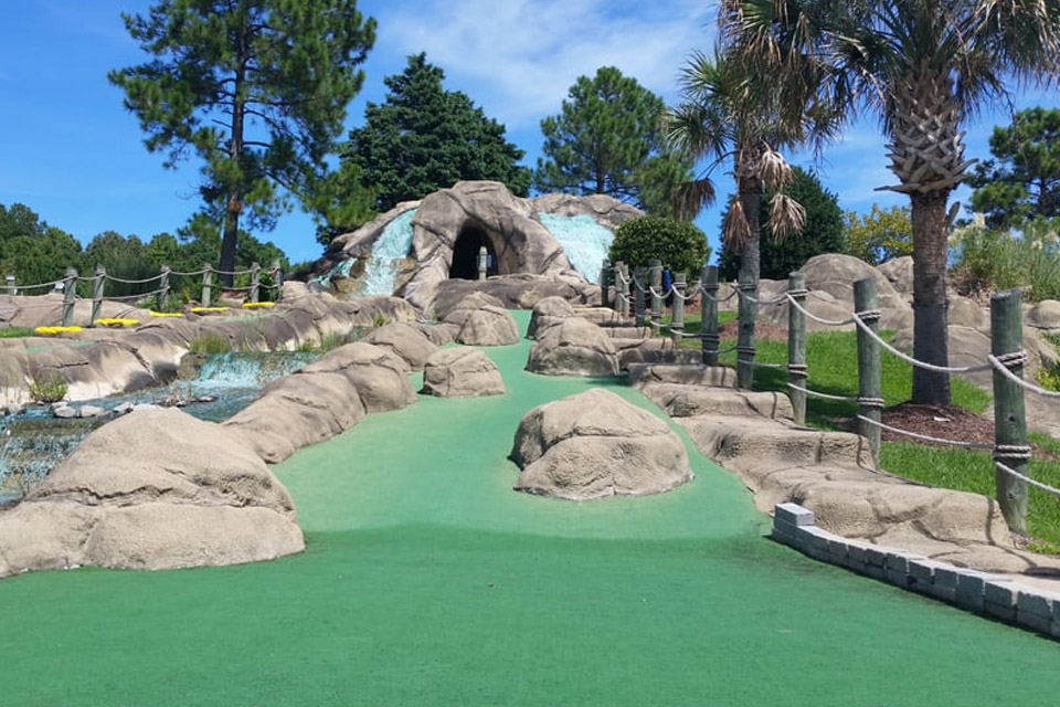Shipwreck Mini-Golf